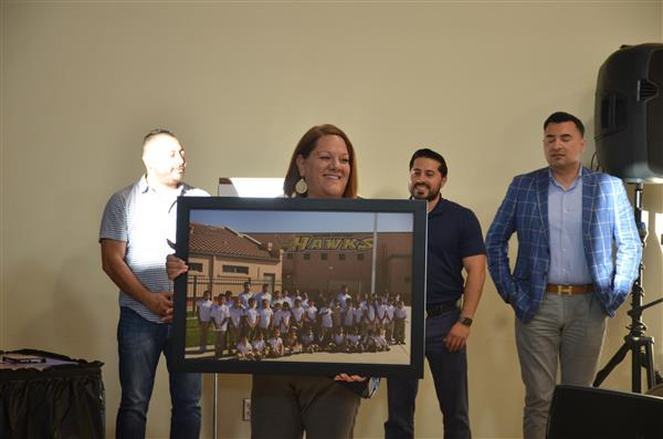 Photo presented to four benefactors